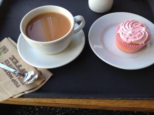 Tea and Cup Cake