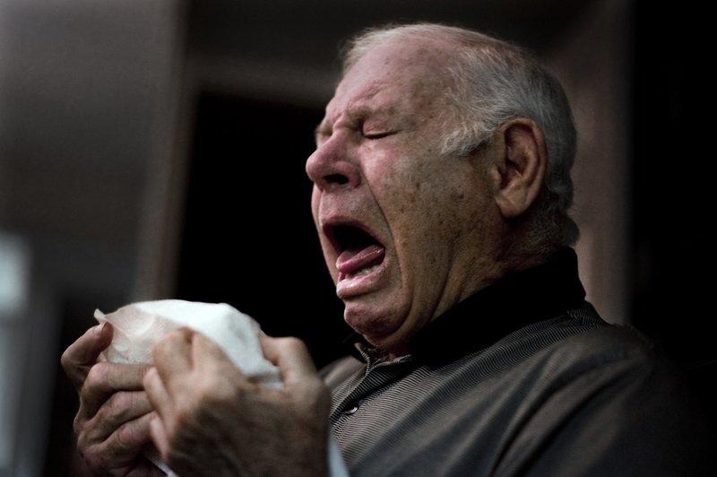 Do you sneeze in yoursleep?